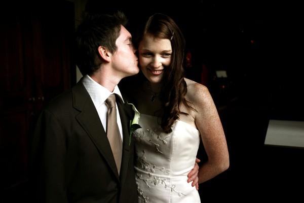 19_bride_groom_coombe_abbey_wedding_photographer_0019